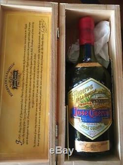 1995 Tequila Reserva De La Familia Jose Cuervo Collector Box Artist Joel Rendon