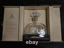 Gran Patron Burdeos Añejo Tequila Wooden Box, Empty Bottle and Bee Glass Stopper