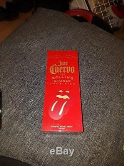 Jose cuervo reserva de la familia Rolling Stones Tour pick tequila no remastered