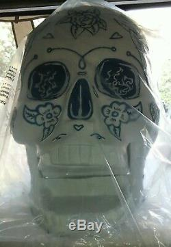New large Jose Cuervo 1800 tequila Liquor display skull approx. 19x20x16inch