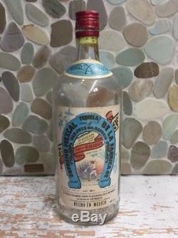Vintage Pre 1970 Herradura Mezcal Supremo Tequila Liquor Bottle Horseshoe1000 ml
